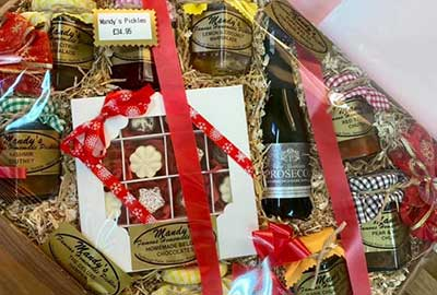 Original Deluxe Hamper